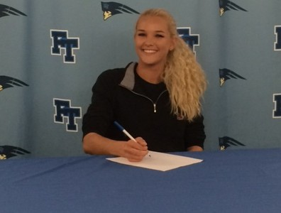 Knobloch Signs with St. Joe's