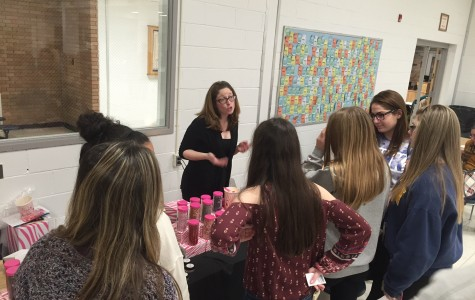 Vendor Fair Brings Holiday Shopping to FTHS