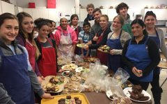 Students Bake and Decorate for the Holidays