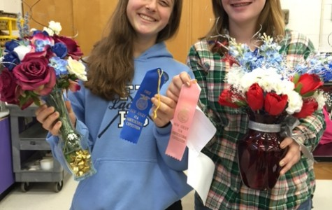 A&B Sophomores Compete in Floral Design Contest