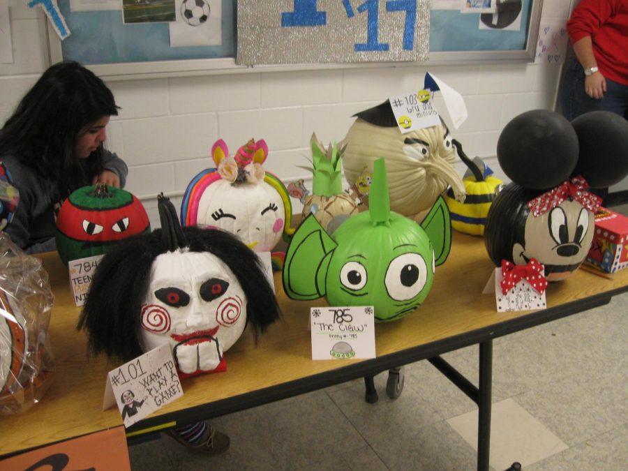 A 'Spook-Tacular' Pumpkin Decorating Contest!