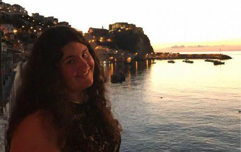 Senior Spotlight: Sarah Schornstein