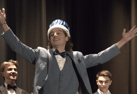 Matthew Madonna Wins Mr. FTHS 2020