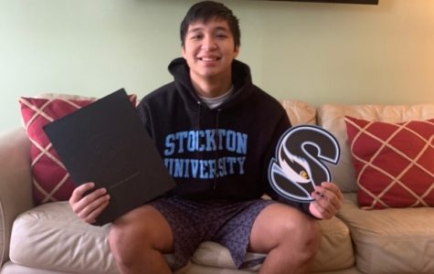 Derek Tlacoxolal – Stockton University