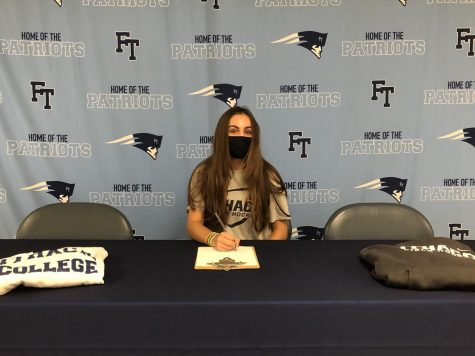 Catherine Papa - Field Hockey - Ithaca College (D-3)